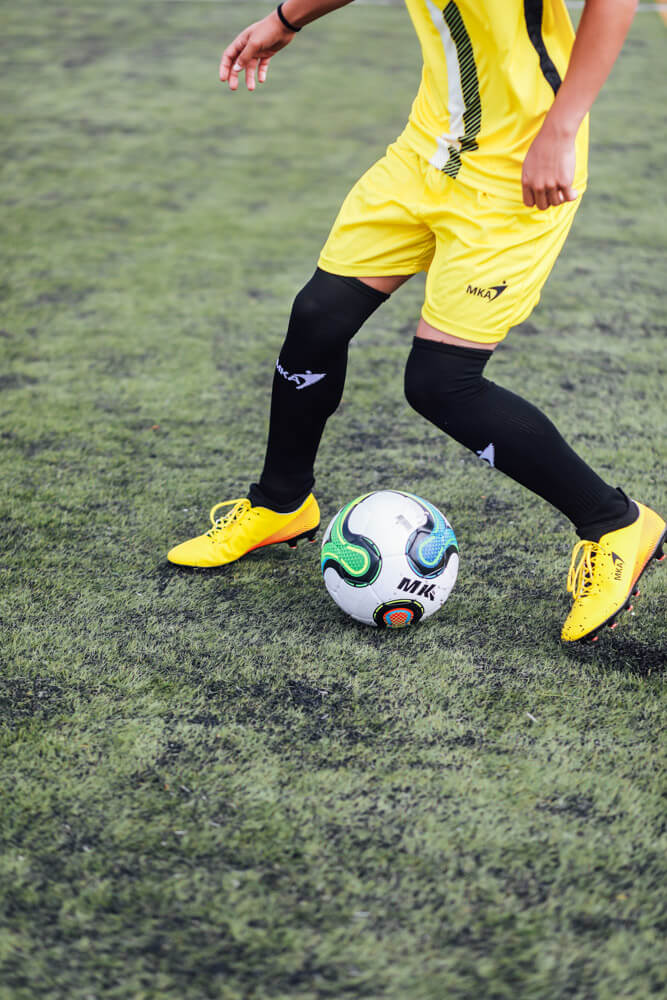 Mka-calcoes-Personaliza-todo-tipo-de-equipamentos-de-desporto-futebol-futsal-atletismo-basquetebol